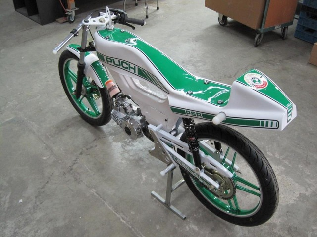 Cafe Racer Moped Build