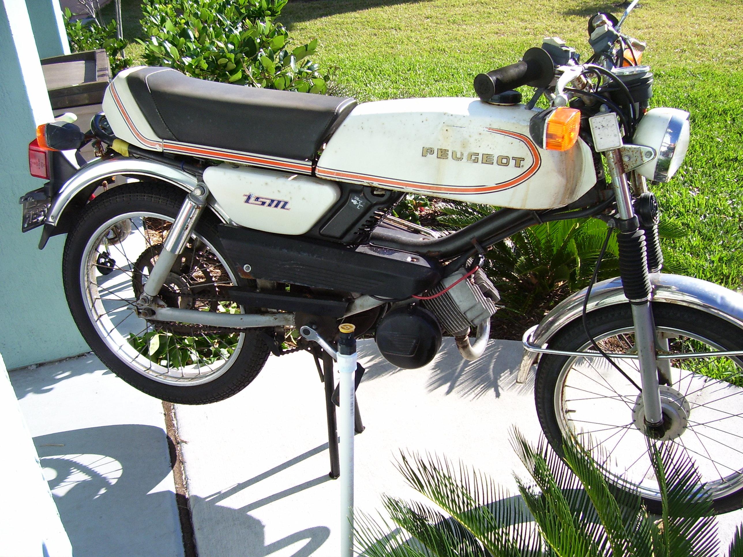 Fs  80 Peugeot Tsm  U2014 Moped Army