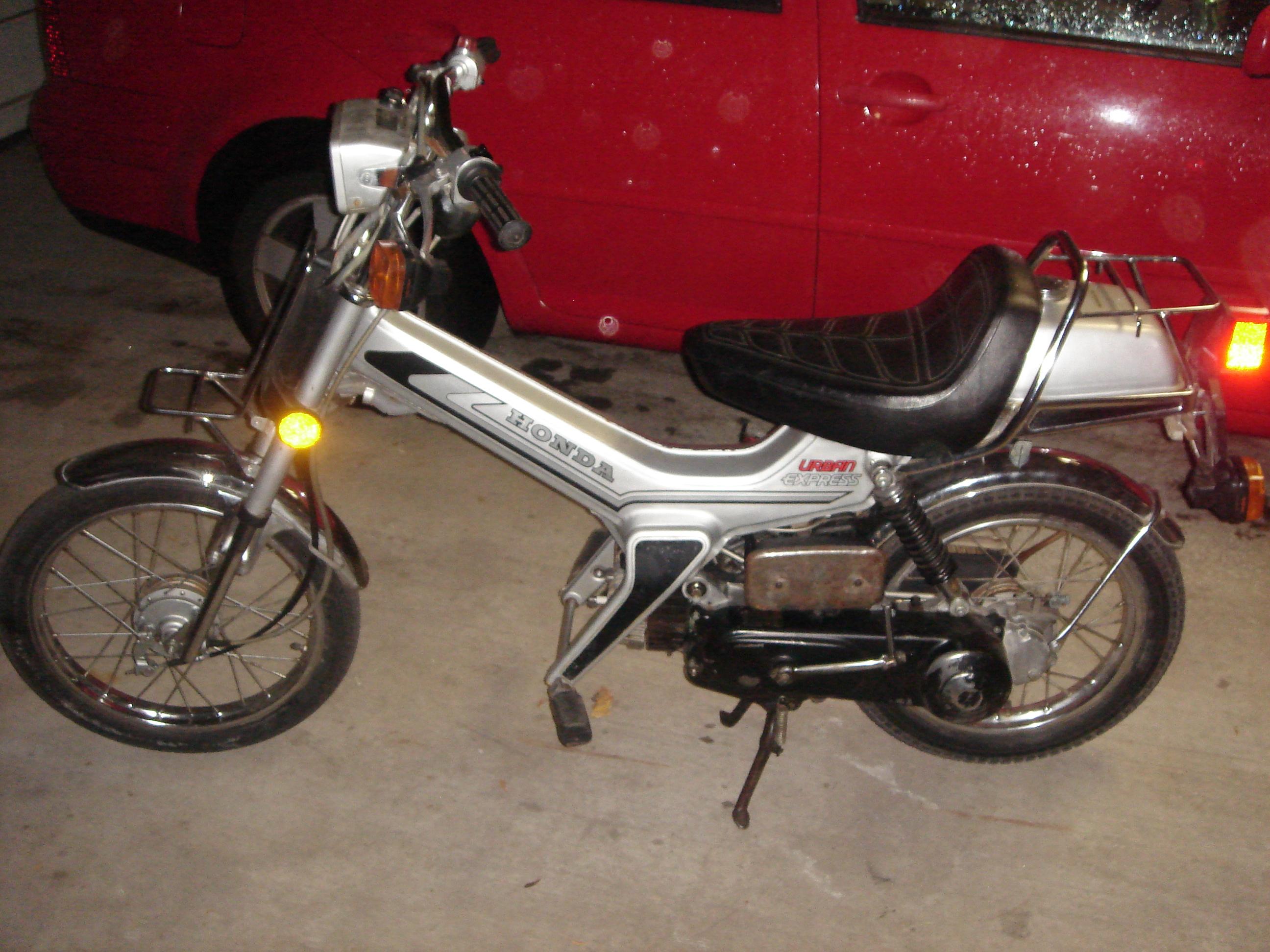 F/S: 1982 Honda Urban Express — Moped Army