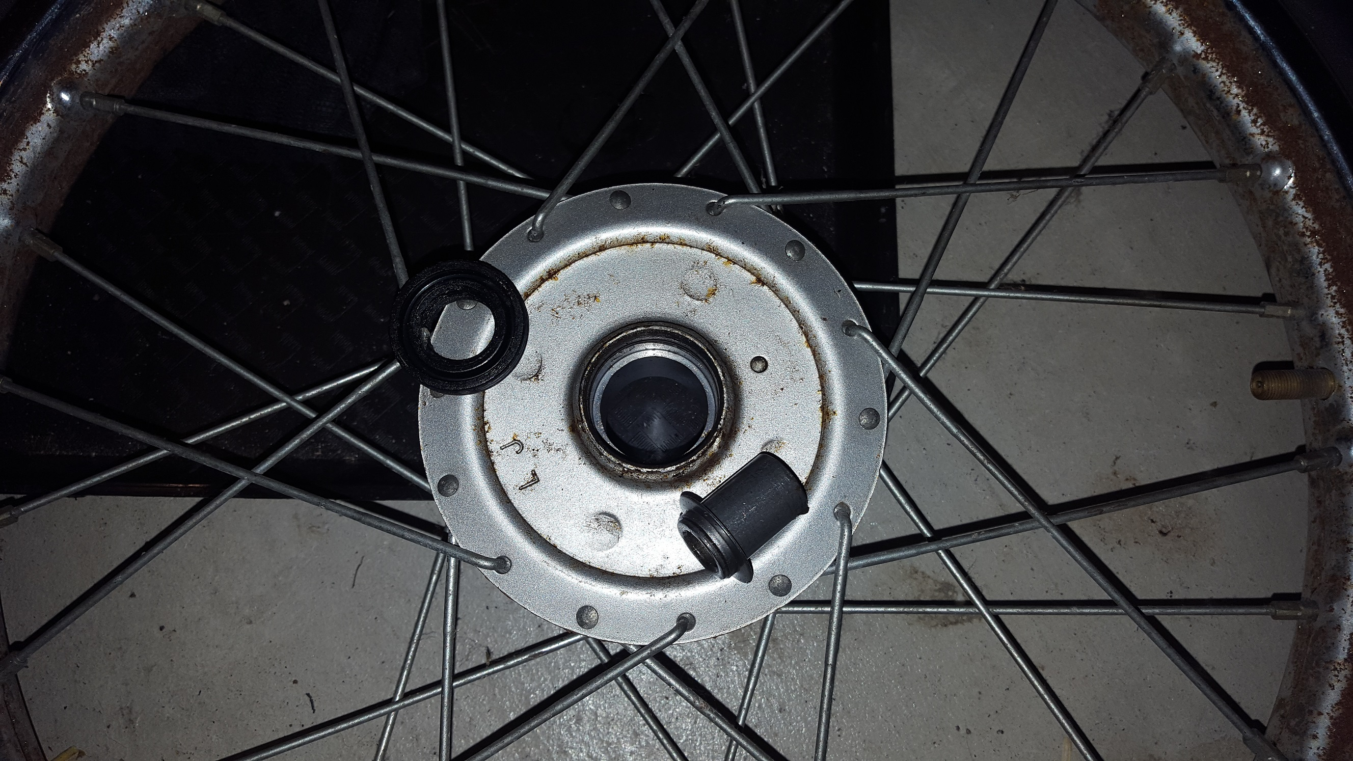 QT50 Front wheel bearing removal — Moped Army