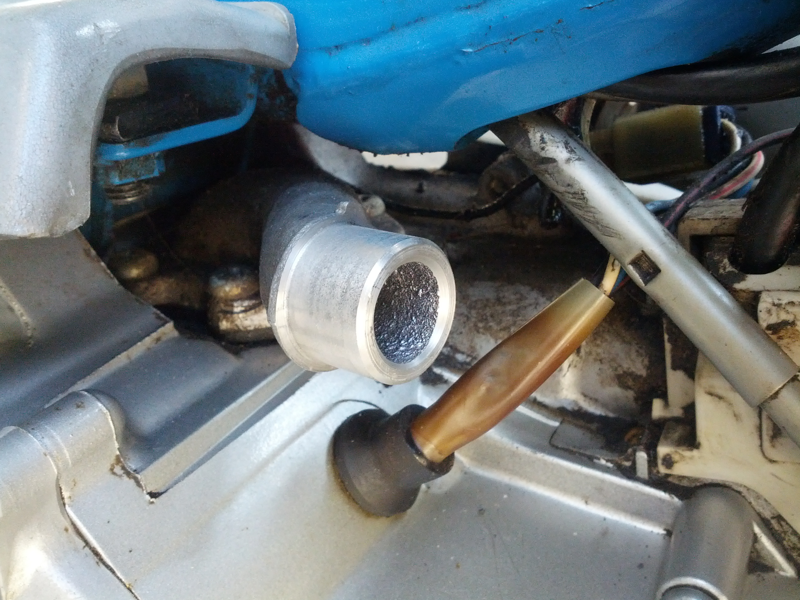 Yamaha QT50 Carb Question - No idle & will only run when