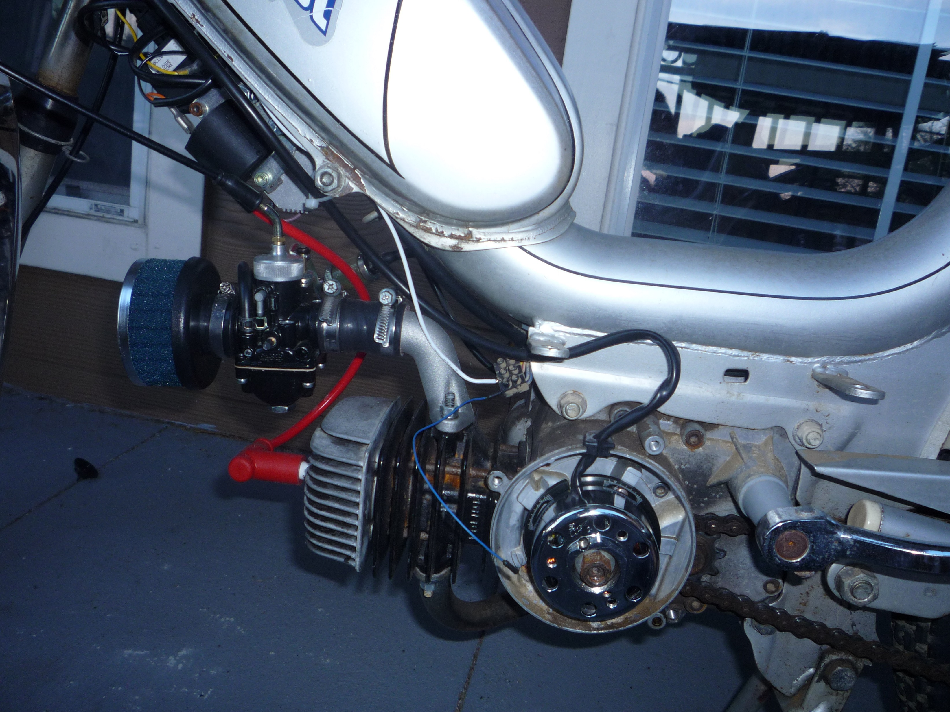 Minarelli V1 Hpi Cdi Brake Stop Light Wiring Moped Army Auto Block Anyone Whos Wired One Of These Recall Which Wire Goes To The Blue Ignition Ground For Lights All Other And