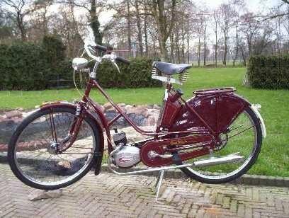 1952 Cyrus | Photo — Moped Army