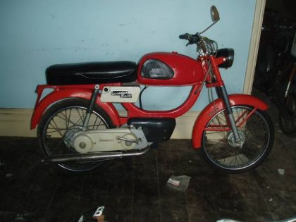 Vespino Rally, Red