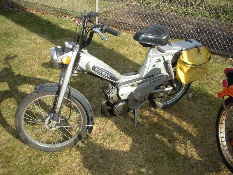 f/s 81 motobecane traveler with original parts manual — Moped Army