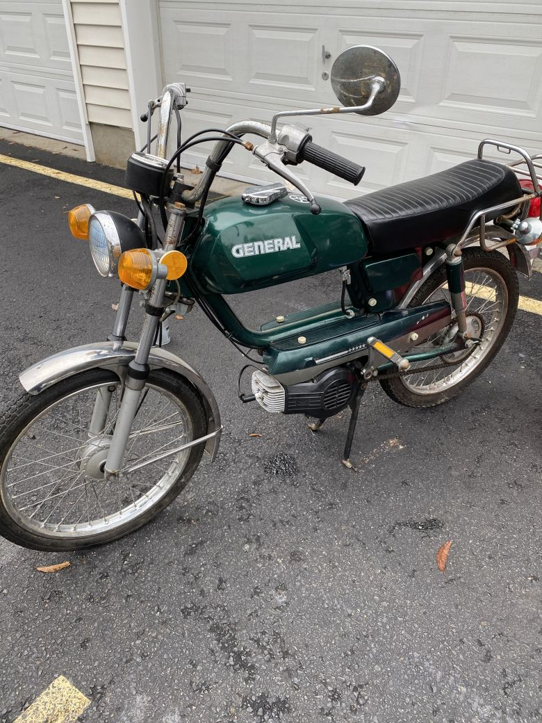 Moped photo for 19805star