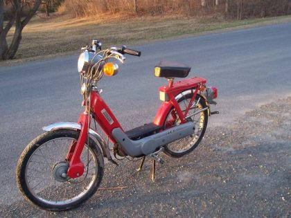 1978 Vespa Ciao, Red