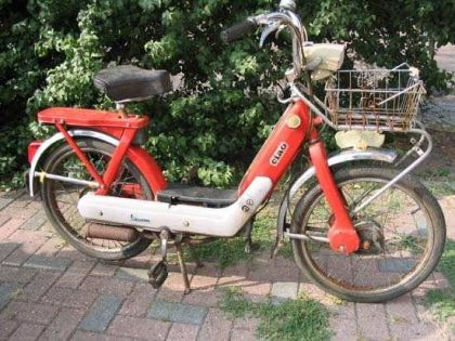 1973 Vespa Ciao Supreme, Red