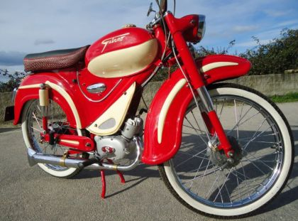 1958 Guizzo Sport, Red