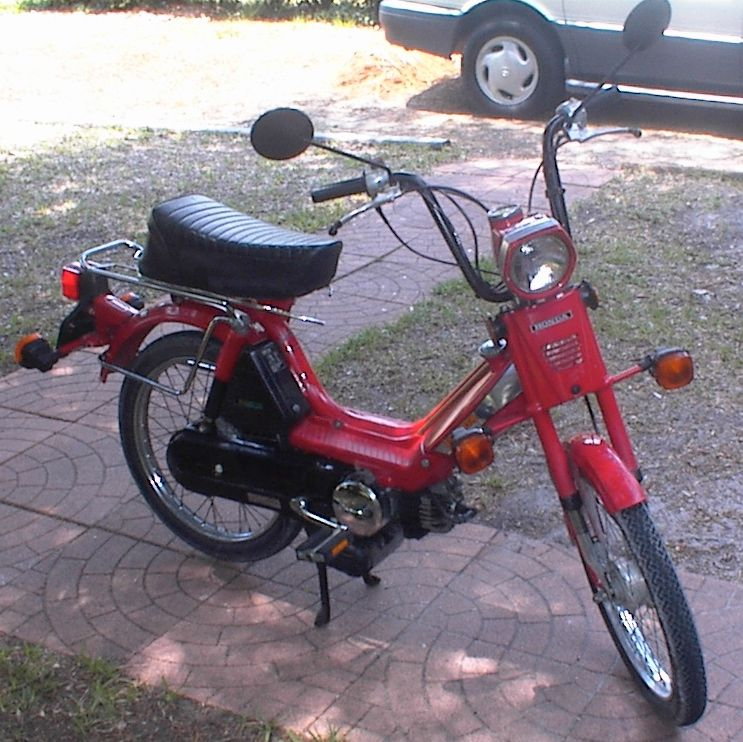 1085950227_todds_moped.jpg