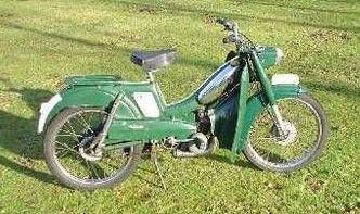 1971 Mobylette Moby Club, Green with Leg Shields