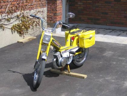 1981 Motobecane 50VL, Yellow