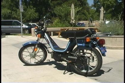 1982 Vespa Grande, Dark Blue