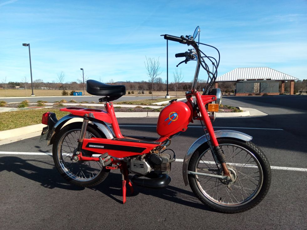 1978 Intramotor Gloria Scout, Red