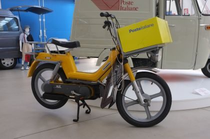 Vespa Si, Yellow, Poste Italiane edition
