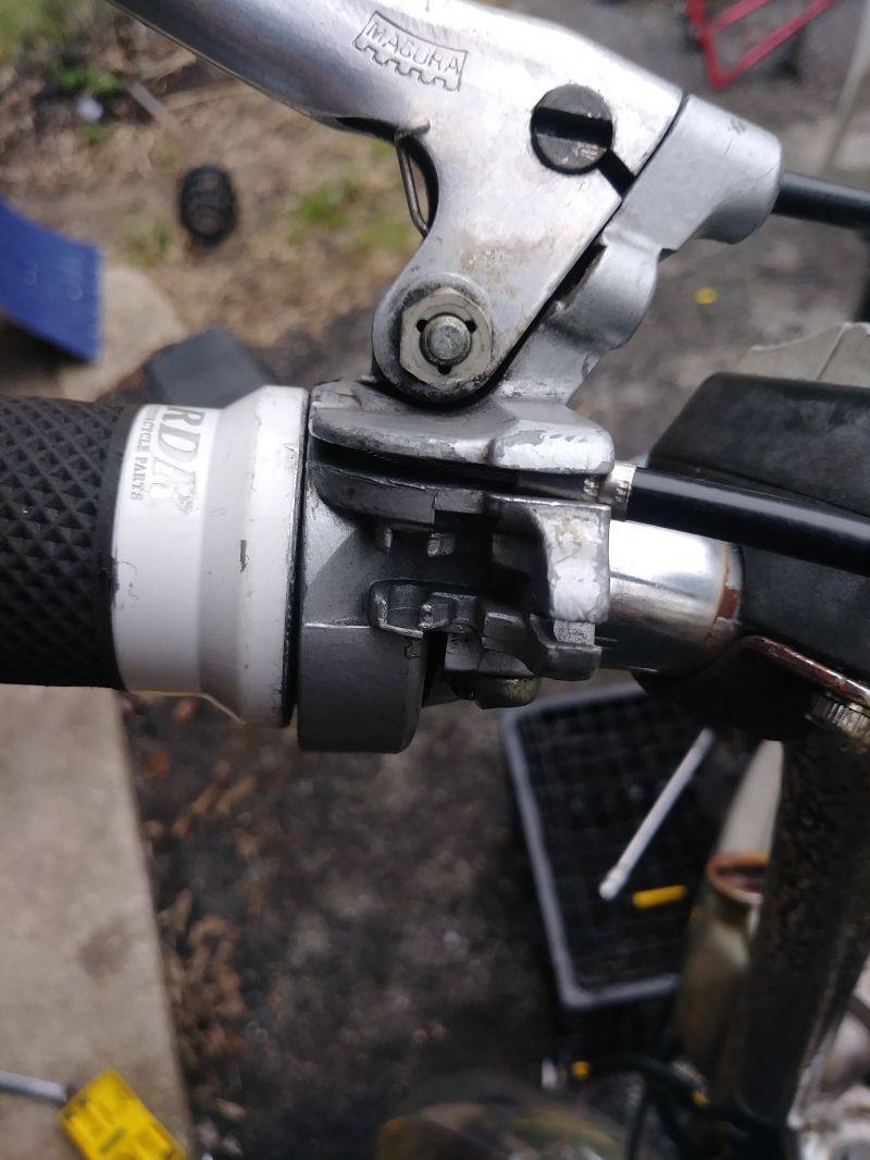 Puch Maxi throttle cable adjustment — Moped Army