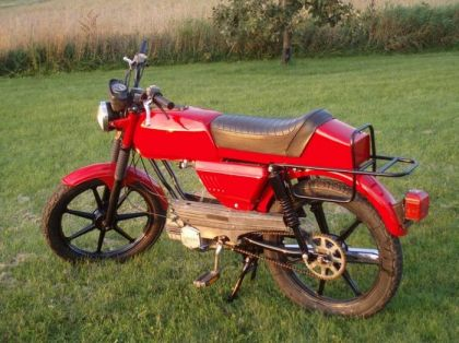 1981 Sachs G-3, Red