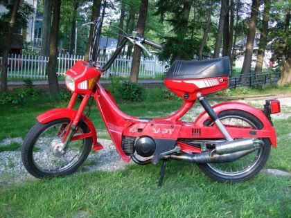 1983 Puch Dart, Red