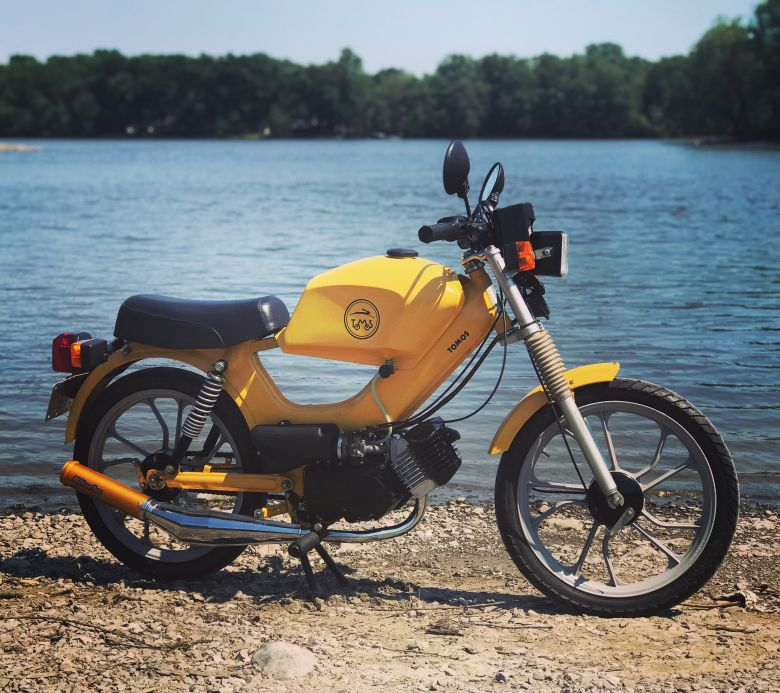 Moped photo for jon_tomos