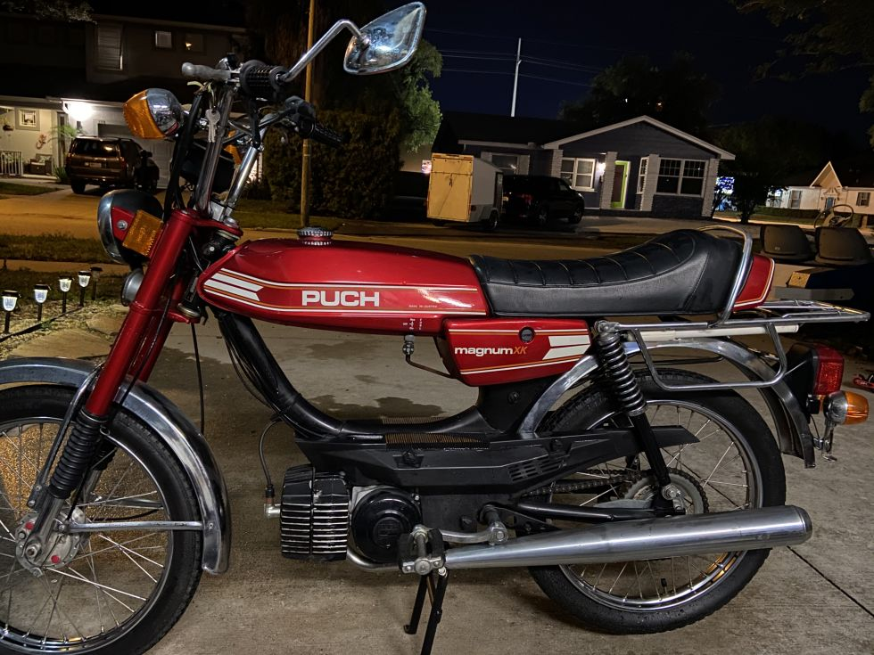 Puch Magnum, Red