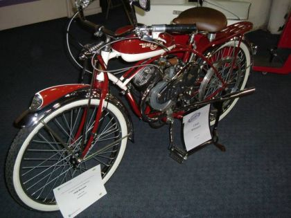 1946 Whizzer, Red