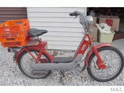 1976 Vespa Ciao, Red