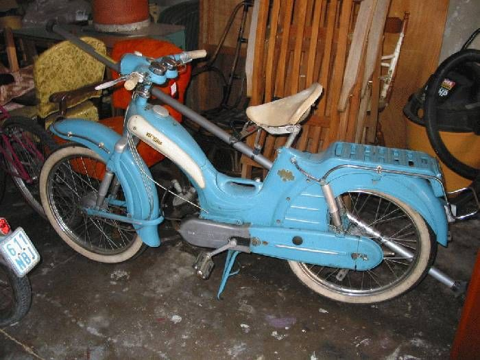 1958 Victoria Vicky, Light Blue