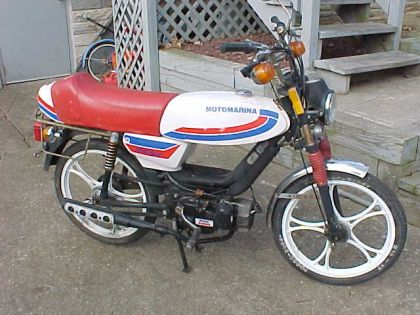 1987 Motomarina, White with Red seat