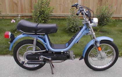1979 Vespa Grande, Light Blue