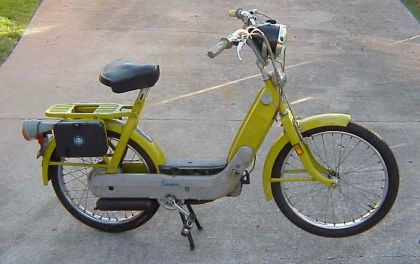 1971 Vespa Ciao, Yellow