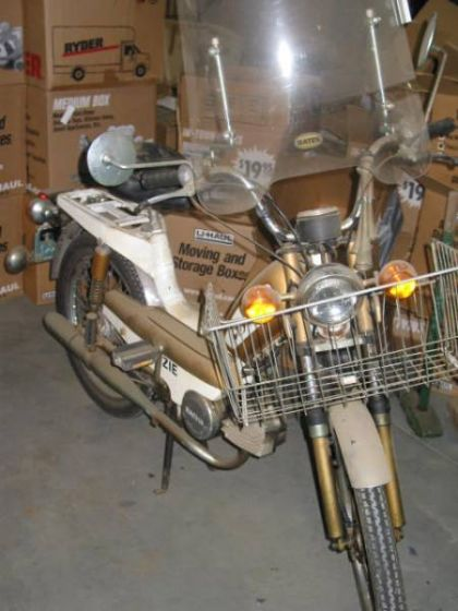 1979 Grycner Floozie, Gold, w/ Windshield