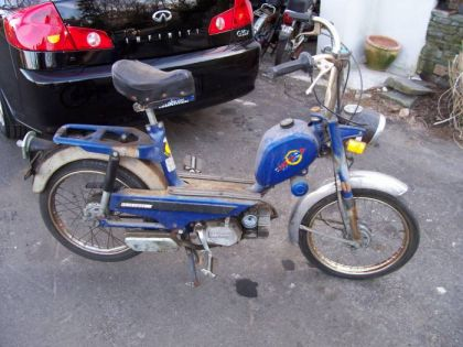 1978 Gloria Intramotor, Blue
