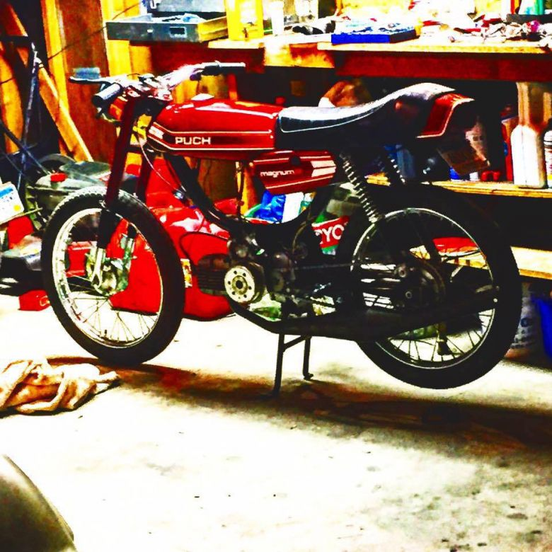 Moped photo for webfeezy