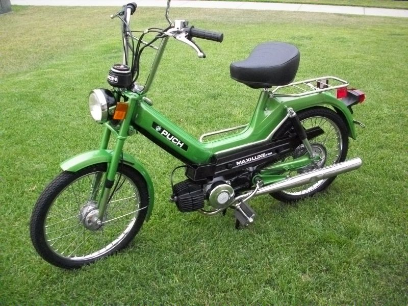 puch moped.jpg