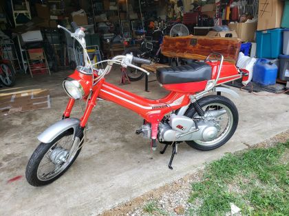 Honda Express, Red
