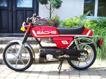 Sachs G-3, Red
