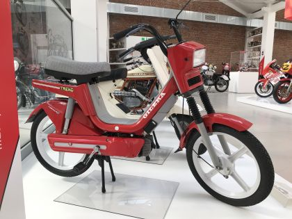 1989 Gilera Trend, Red