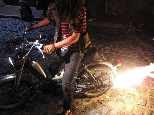 how to make flames shoot out exhaust — Moped Army