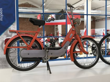 1967 Vespa Ciao C7, Orange