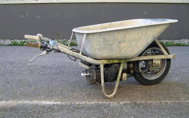 Puch wheelbarrow.jpg