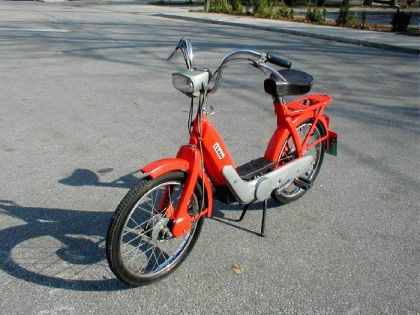 1972 Vespa Ciao, Orange