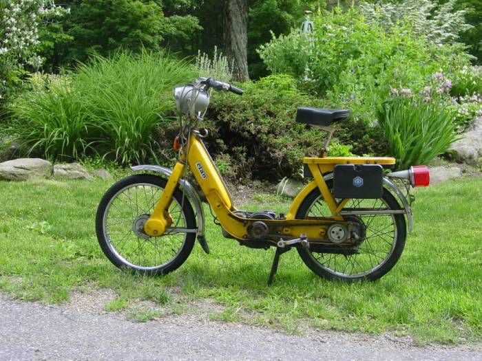 1973 Vespa Ciao, Yellow