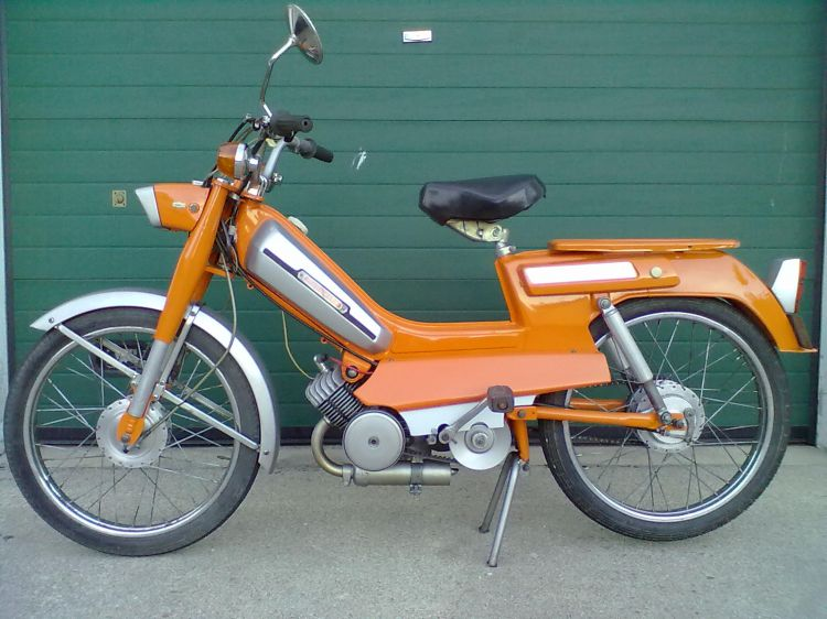 Mobylette AV92 | Moped Photos — Moped Army