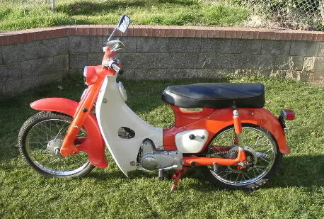 1965 Honda CA102 (Red)