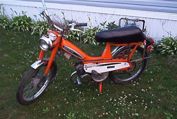 1977 Motobecane Mobylette (Orange)