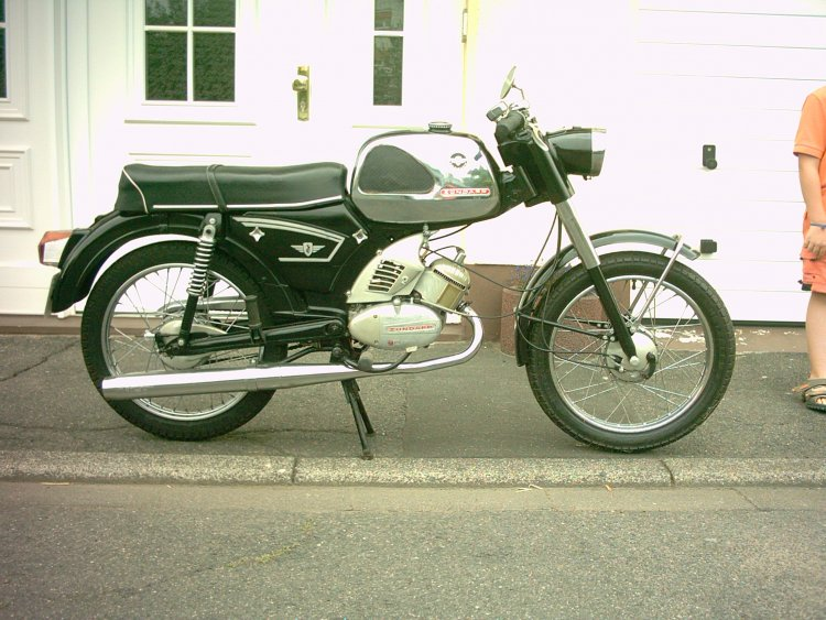zndapp c50 sport moped photos moped army. Black Bedroom Furniture Sets. Home Design Ideas