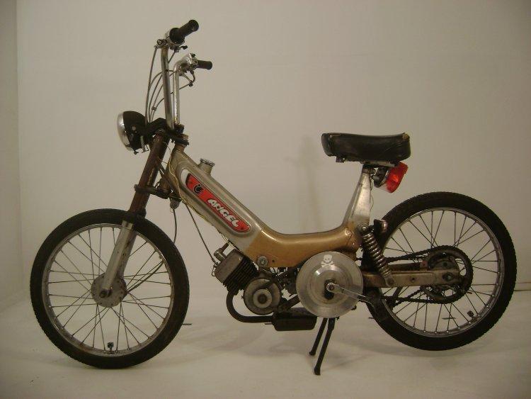 Moped Sex 4