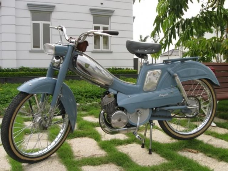 Mobylette AV85 | Moped Photos — Moped Army