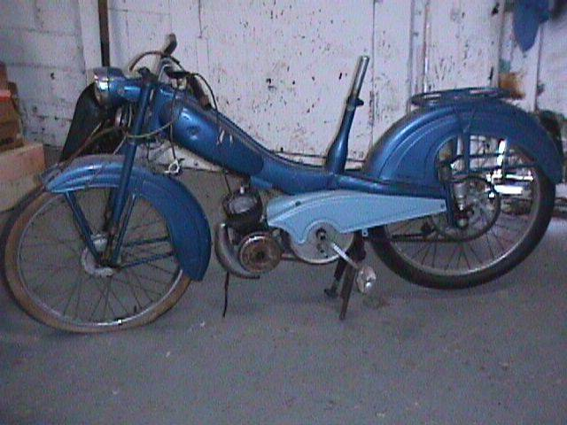 1958 Montgomery Wards Riverside Moped (Blue)