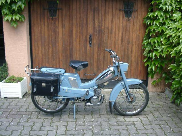 1978 mobylette av88 blue moped photos moped army. Black Bedroom Furniture Sets. Home Design Ideas